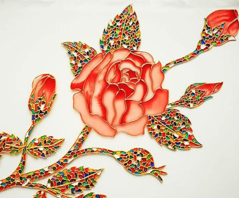 Контурная краска, имитирующая медную проволоку на стекле, позволяет получить «волшебный» рисунок.