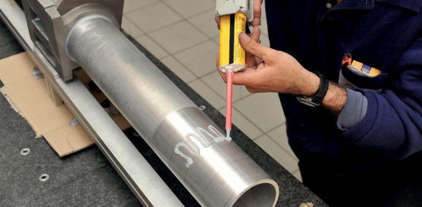 Клей термостойкий для металла
